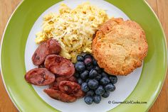 Gourmet Girl Cooks: Saturday Brunch - Scrambled Eggs, Biscuits & Sausage