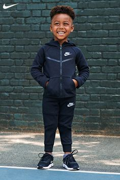 fitness - For Your Littlest Athletes Check out all the shoes and clothing on the Baby & Toddler Shop, now on Nike com Toddler Boy Fashion, Toddler Boy Outfits, Toddler Boys, Kids Fashion, Baby Boy Clothes Nike, Fashion Hats, Baby Boys, Fashion Trends, Outfits Niños