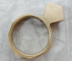 Μονόπετρο...χωρίς πέτρα!  Τολμήστε ένα δαχτυλίδι-statement. Ιδανικό για κατασκευή σε κερί (χυτό).