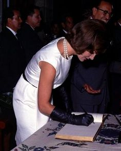 Jacqueline Kennedy visiting the National Institute of Anthropology and History, in Mexico. June 29th 1962
