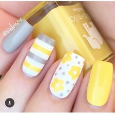 Yellow Nail art and Manicure - 30 beautiful ideas - Nail art designs & diy Spring Nail Art, Nail Designs Spring, Nail Art Designs, Flower Designs For Nails, Bright Nail Designs, Cute Summer Nail Designs, Easter Nail Designs, Cute Spring Nails, Fancy Nails