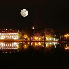 Tak księżyc mógł wyglądać w #Szczecinek. Nie wyglądał ale od czego są programy graficzne :) Wykonał Krzysztof Olszewski
