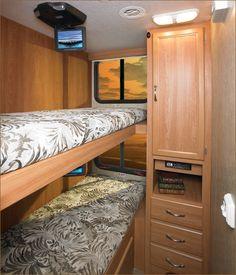 bunkbeds where no bunkbeds were camper | 2007 National RV Surf Side - Class A | RVWeb.com