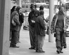 Homeless people on Mission Blvd. in San Francisco