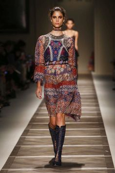 Etro Fashion Show Ready to Wear Collection Spring Summer 2016 in Milan