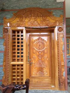 Surya Palagai Design for Main Door Single Main Door Designs, House Main Door Design, Wooden Front Door Design, Main Entrance Door Design, Double Door Design, Pooja Room Door Design, Door Design Interior, Wooden Front Doors, Modern Interior