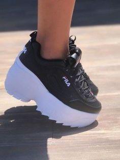 Fancy Shoes, New Shoes, Fashion Boots, Sneakers Fashion, High Platform Shoes, Korean Shoes, Cute Baby Shoes, White Nike Shoes, Kicks Shoes