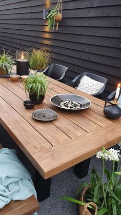 Small Backyard Patio, Backyard Patio Designs, Backyard Retreat, Outdoor Rooms, Outdoor Dining, Outdoor Tables, Outdoor Decor, Modern Landscaping, Backyard Landscaping