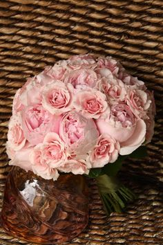 Pink garden rose bouquet ideas for wedding things Id love when
