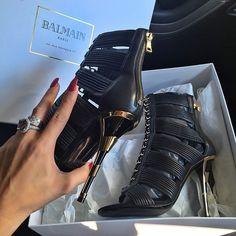 Love these Balmain heels