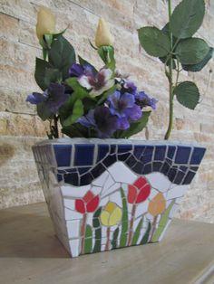 Mosaic Planters, Mosaic Vase, Mosaic Flower Pots, Mosaic Diy, Mosaic Garden, Mosaic Crafts, Mosaic Tiles, Mosaic Projects, Glass Ceramic