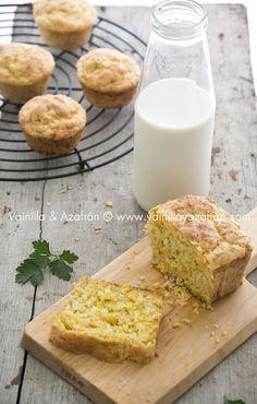 ¡Adictivo! Pan de maíz con queso cheddar: ideal para el desayuno, la lonchera o la cena / Addictive!! Cheddar Corn Bread: great for breakfast, lunchbox or dinner