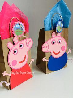 Peppa Pig Birthday Decorations, Peppa Pig Happy Birthday, Pig Birthday Cakes, 3rd Birthday Parties, 4th Birthday, Fiestas Peppa Pig, Cumple Peppa Pig, Pig Balloon, Diy Party Bags