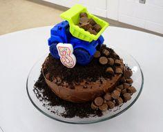 Housecalls Design: Dump Truck Cake