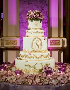 For a majestic feel, monograms and gold are a perfect combination.  #jevel #jevelweddingplanning Follow Us: www.jevelweddingplanning.com www.facebook.com/jevelweddingplanning/ www.twitter.com/jevelwedding/ www.pinterest.com/jevelwedding/