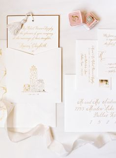 White and gold wedding invitation paper suite: Photography: Lauren Peele Photography - www.laurenpeelephotography.com   Read More on SMP: http://www.stylemepretty.com/2016/10/26/modern-spring-dallas-wedding/