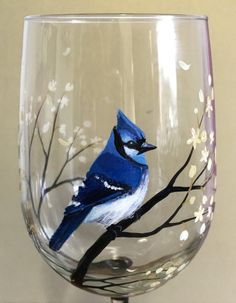 BlueJay Wine Glass Hand Painted Collectible Stylish Bird Spring Glassware Flowering Tree Branches Unique Mother's Day Gift Idea Easter Art (en anglais) – Artsupplies Hand Painted Wine Glasses, Painted Wine Bottles, Wine Glass Crafts, Wine Bottle Crafts, Jay Azul, Wine Bottle Art, Easter Art, Bottle Painting, Glass Collection