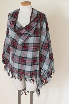 Pendleton Wool Cape in Plaid