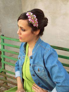 Anne Poupée: Green Libelula. Tocado joya verde, rosa y fucsia.  #tocados #novias #invitadas #coronas #tocado joya Diy, Fashion, Pink, Hot Pink, Beautiful Things, Headpieces, Brides, Crowns, Green