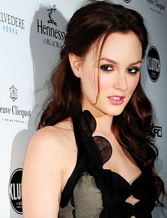 Leighton Meester is my latest brunette tv star obsession.