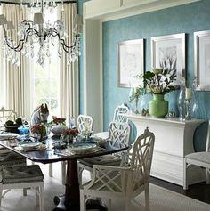 Một góc nhỏ trong một phòng lớn, bạn đã có thể để được một bộ bàn ăn rất đẹp...