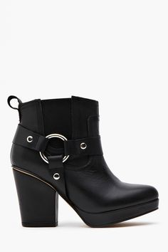 Punch Harness Boot - Black