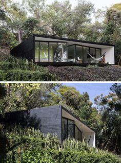 Exemplos de casas modernas com fachadas negras Small House Design, Modern House Design, Residential Architecture, Architecture Design, Black House Exterior, Casas Containers, Best Home Interior Design, Design Exterior, Small Modern Home