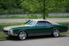 customized 70s boattail buick | 1968 Buick Riviera Lowrider Pictures to Pin on Pinterest ...
