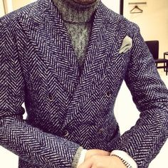 Nice! Gents Fashion, Style Fashion, Suit Men, Mens Suits, Sharp Dressed Man, Well Dressed Men, Pay Attention, Streetwear, Gentleman Style