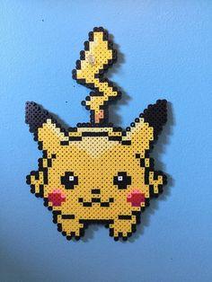 Pikachu läuft Perler Bead von PerlerBeadShopp auf Etsy