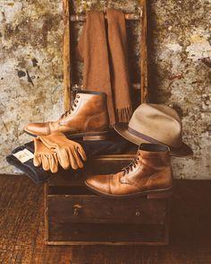 """924 gilla-markeringar, 9 kommentarer - Brandon Burk (@brandonburkphotography) på Instagram: """"Boots: @thursdayboots  Hat: @satchelandpage  Gloves: @lastshoes  Denim: @pure_blue_japan  Scarf:…"""""""