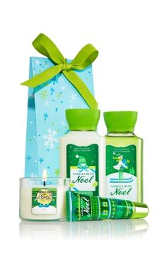 Vanilla Bean Noel Kiss, Sparkle & Scent Gift Set - Signature Collection - Bath & Body Works ***i love anything in this scent*** Bath N Body Works, Body Wash, Bath And Body, Noel Gifts, Diy Gifts, Lip Scrub Homemade, Fragrance Lotion, Body Lotions, Body Spray