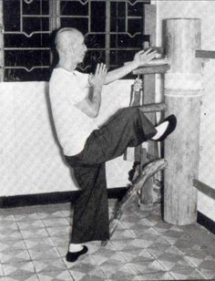 Yip Man, master of Wing Chun Kung Fu and Bruce Lee's first instructor. Many aspects of Jeet Kune Do (Bruce Lee's martial art) are derived from the early teachings of Yip Man. The Grandmaster Had Found The Right Pupil In Bruce Lee. Wing Chun Martial Arts, Bruce Lee Martial Arts, Kung Fu Martial Arts, Chinese Martial Arts, Martial Arts Movies, Martial Artists, Mixed Martial Arts, Aikido, Tai Chi