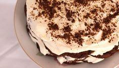 Γρήγορο γλύκισμα ψυγείου με 2 υλικά έτοιμο σε μόλις 5 λεπτά