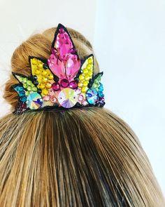 Rhythmic Gymnastics Leotards, Figure Skating Dresses, Unicorn Party, Diy Costumes, Dance Outfits, Headgear, Hair Piece, Color Combos, Headpiece
