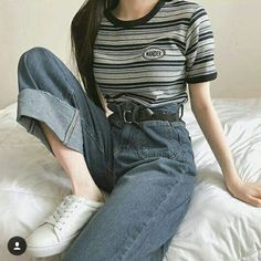 Korean fashion aesthetic outfits soft kfashion ulzzang girl casual clothes grunge minimalistic cute kawaii comfy formal everyday street spring summer autumn winter g e o r g i a n a c l o t h e s koreanische mode stil Grunge Outfits, Mode Outfits, Fashion Outfits, Fashion Trends, Style Fashion, Girl Outfits, Fashion Ideas, Grunge Fashion, Tumblr Outfits