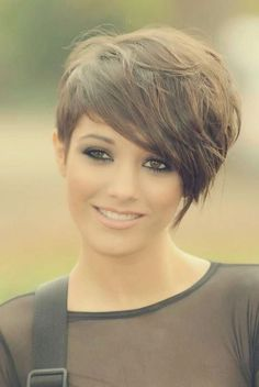 Best 50 Styling Pixie Haircut Ideas in 2018 - Cool Global Hair Styles 2019 Lazy Girl Hairstyles, Girls Short Haircuts, Cute Hairstyles For Short Hair, Hairstyles Haircuts, Straight Hairstyles, Perfect Hairstyle, Curly Haircuts, Shaved Hairstyles, Hairstyle Ideas