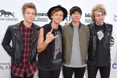 5 Seconds of Summer - 2014 Billboard Music Awards