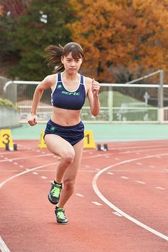 Anatomy Poses, Beautiful Japanese Girl, Sporty Girls, Hero Girl, Anatomy Reference, Japan Girl, Action Poses, Track And Field, Female Athletes