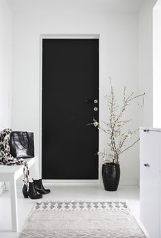 door / Get started on liberating your interior design at Decoraid (decoraid.com).