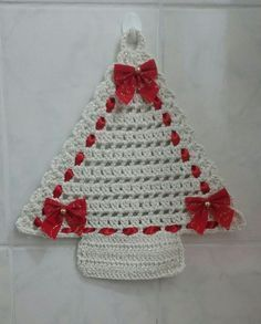 Crochet Christmas ornament crochet by SevisMagicalStitches on Etsy by loretta - SalvabraniCrocheted flat Xmas tree - pic only.Pink accessories in knitting & crochet - SalvabraniNO pattern, inspiration Crochet Christmas Decorations, Crochet Decoration, Crochet Christmas Ornaments, Christmas Crochet Patterns, Holiday Crochet, Crochet Snowflakes, Christmas Knitting, Crochet Tree, Crochet Angels