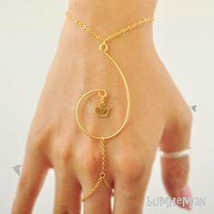 Swirl+Distorted+Treble+Clef+Pendant+Mini+Crown+Charm+by+Bumhemian,+$18.90