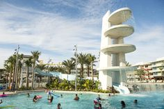 Cabana Bay Beach Resort now open at Universal Orlando