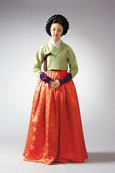 e0e7723f0c96 The 18th century: Joegori or upper garments grew shorter. Korean Traditional,  Traditional Outfits