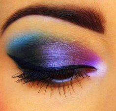 Colorful eyeshadow