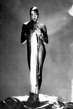 Joséphine Baker, unknown photographer