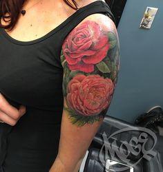 Having a blast making flowers 🌺 🌹🌸thanks Katie you're the best!#moge #empiretattooinc #empiretattoo #tattoo #bostontattoo www.empiretattooinc.com