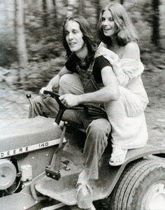 Net Image: Bebe Buell and Todd Rundgren Woodstok Photo ID: . Picture of Bebe Buell and Todd Rundgren - Latest Bebe Buell and Todd Rundgren Photo. Bebe Buell, Famous Groupies, Classic Blues, Classic Rock, All My Loving, Todd Rundgren, Women Of Rock, Liv Tyler, Blues Rock