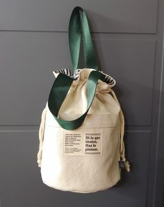 Coin Couture, Back Bag, Creative Gift Wrapping, Beach Accessories, Fabric Bags, Love Sewing, Herschel, My Bags, Bag Making