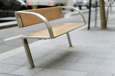 Seven Winning Products for Public Spaces from the 2016 Red Dot Awards These furnishings and fixtures bring streamlined forms and contrasting materials to communal, urban spaces. Best Outdoor Furniture, Urban Furniture, Street Furniture, Design Furniture, Metal Furniture, Industrial Furniture, Concrete Furniture, Furniture Cleaning, Furniture Dolly